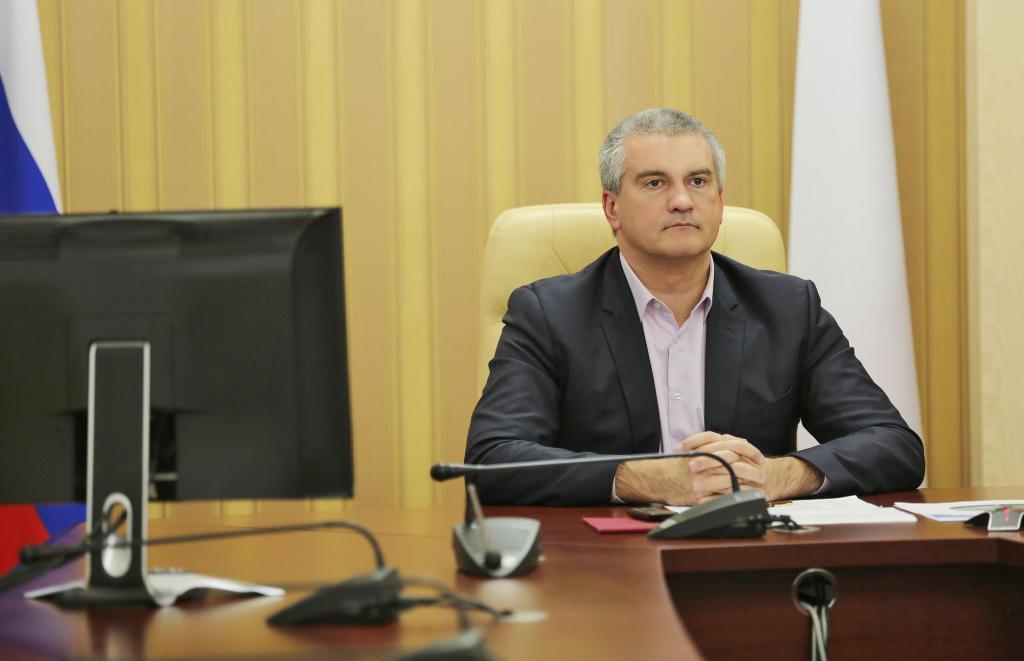 Юрий Коков принял участие вселекторном совещании, которое провел председатель руководства РФ