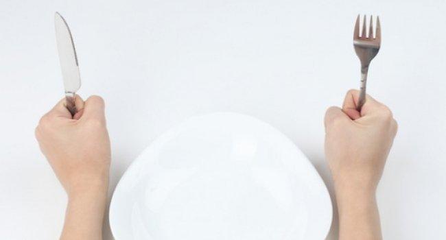 Некоторые продукты на голодный желудок лучше не употреблять – они негативно повлияют на пищеварение и на Ваше самочувствие.