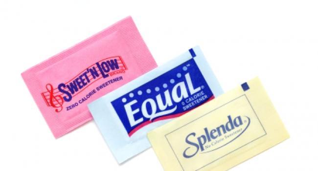 О вреде сахарозаменителей и даже о том, что они намного хуже сахара, мы слышали не раз. Но действительно ли эти вещества так вредны?