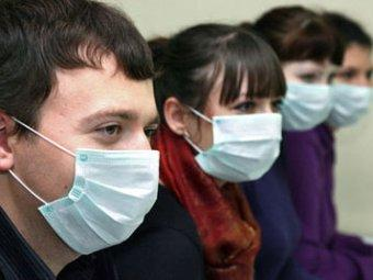 В Феодосии за последнюю неделю зафиксирован значительный рост заболеваемости вирусными инфекциями. По словам главного врача Феодосийского медицинского центра Александра Фоменко, город находится на грани эпидемиологического порога.
