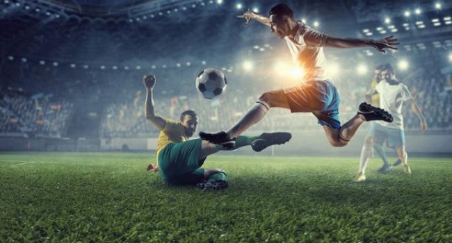 Футболисты чаще сталкиваются с деменцией, – исследование