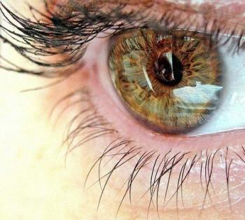 Сбалансированное питание, специальные упражнения и диетические добавки позволят надолго сохранить острое зрение.