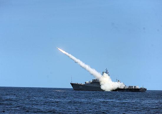 Корабли иподлодкиЧФ РФвышли вморе для боевой подготовки