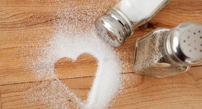 Многие думают, что тяга к соленой пище – один из «симптомов» беременности, но на самом деле у этой тяги могут быть и другие причины, о которых мало кто слышал.