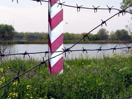 Движение через пункты пропуска «Каланчак» и«Чаплинка» возобновлено всторону Крыма
