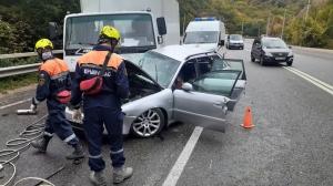 ДТП в Крыму: один человек погиб и один пострадал при столкновении грузовика и легковушки