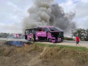 Сегодня в Крыму на трассе «Таврида» сгорел рейсовый автобус, следовавший из Геленджика