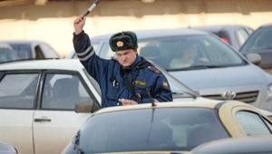 В Евпатории пьяный без прав угнал авто у своего начальника